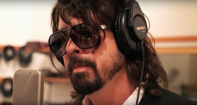Foo Fighters – Solo Dave / Band Breaks Up / Nick Lachey