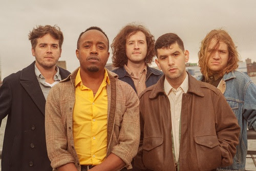 "Durand Jones & The Indications – ""Smile"" [Video]"