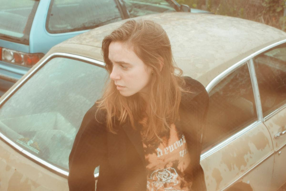 "Julien Baker - ""Faith Healer"" [Video]"